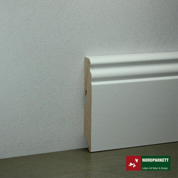 Sockelleiste 18 x 96 mm Hamburger Profil Holz, weiß lackiert