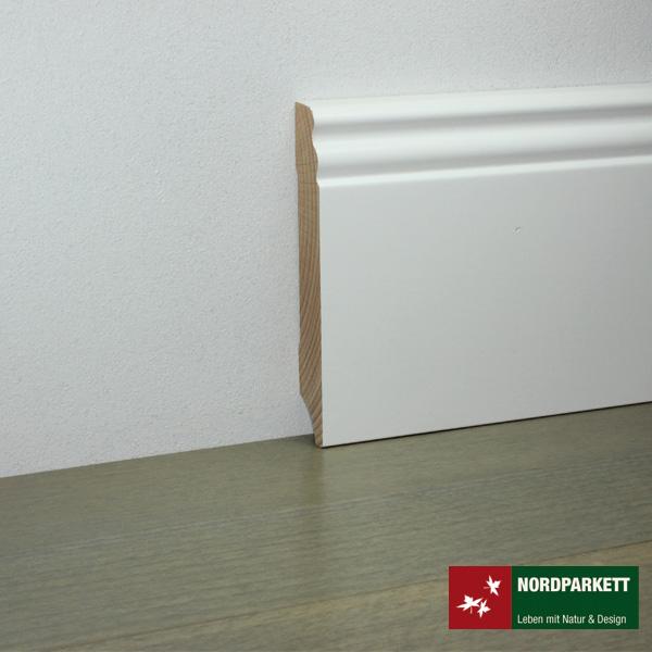 Sockelleiste 18 x 115 mm Hamburger Profil Holz, weiß lackiert