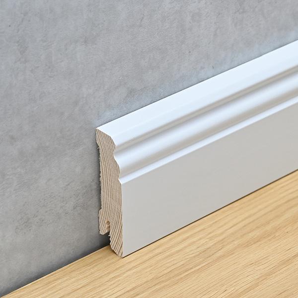 Sockelleiste 18 x 70 mm Hamburger Profil Holz, weiß lackiert
