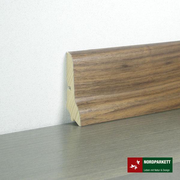 Sockelleiste 21 x 60 mm Nußbaum lackiert