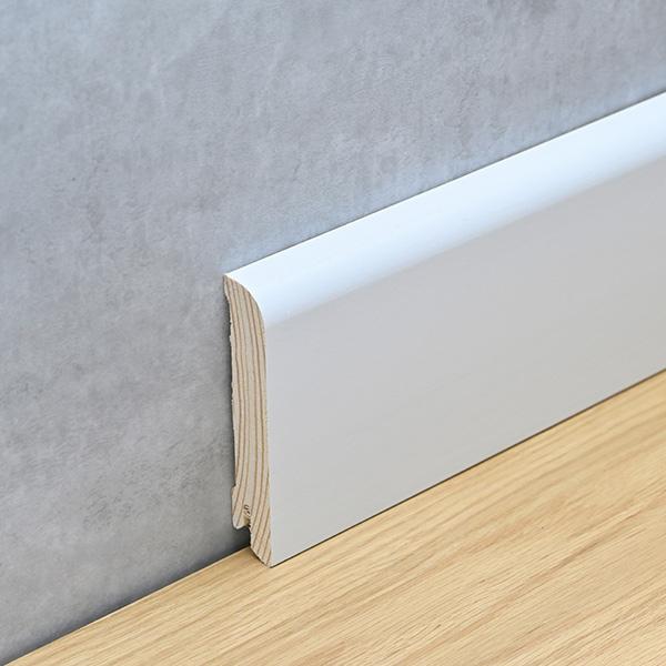 Sockelleiste 18 x 76 mm weiß lackiert